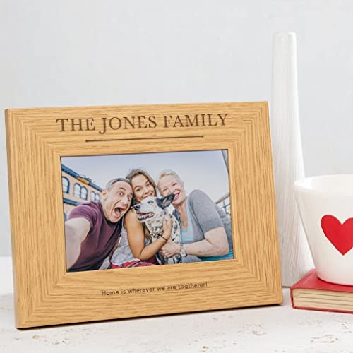 PERSONALISED WOODEN FAMILY PICTURE FRAME - Brown